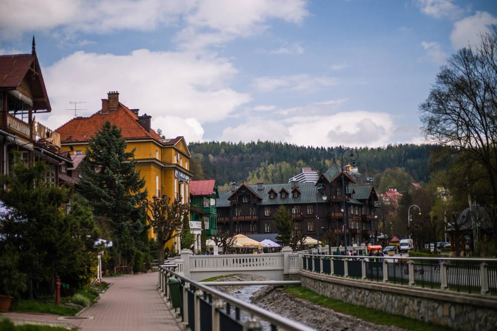 Ferie w Krynicy-Zdroju – warto o nocleg zadbać wcześniej
